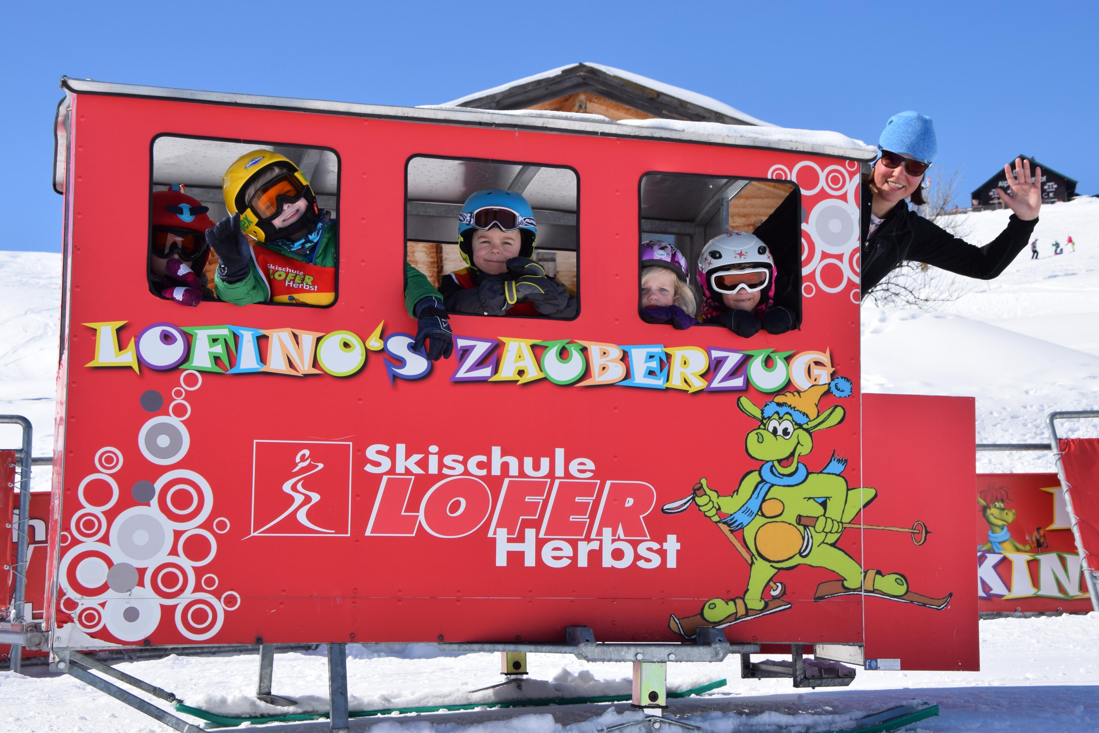 """Ski Lessons """"Lofino's Snowstars"""" (2-3 years) - Beginners"""