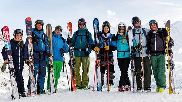 Adult Ski Lessons ?Fit for the Pistes? for Advanced Skiers
