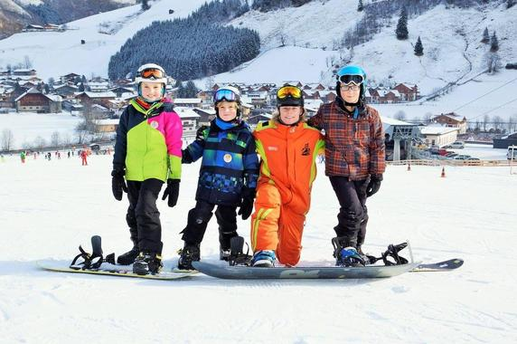 Kids Snowboarding Lessons