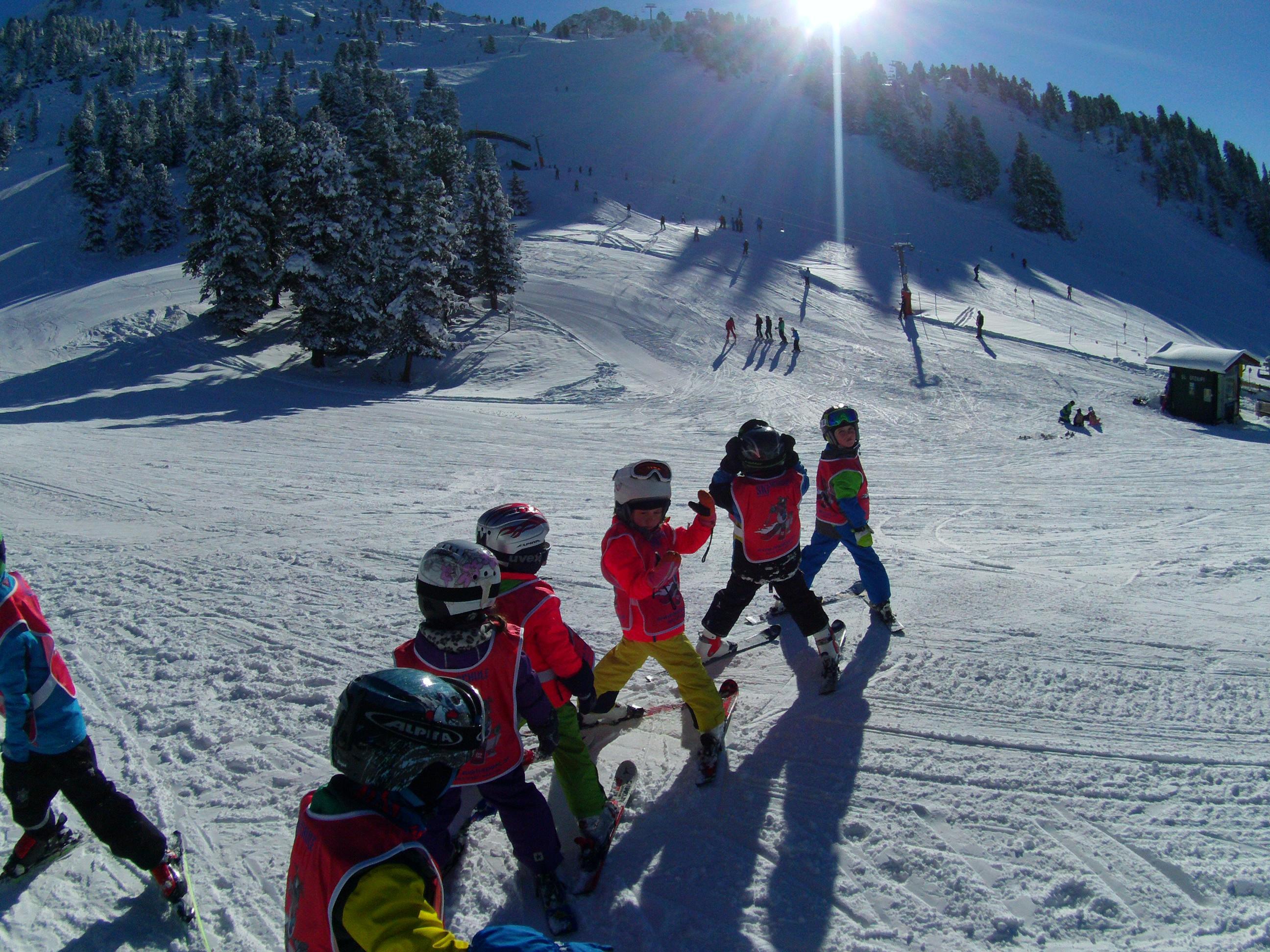 Free Children Ski School  (3 years +)