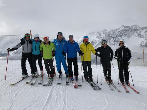 Adult Ski Lessons for Experienced Skiers - Holidays