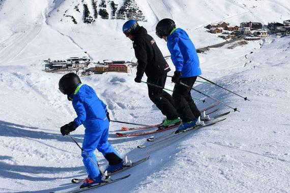 Ski Lessons ?Style, Ride & Race? (8-14 y.) for the Advanced