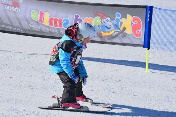 Ski Lessons for Kids (4-14 years) - School Holidays