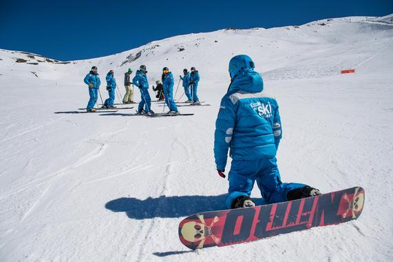 Snowboarding Lessons (from 10 years) - Christmas