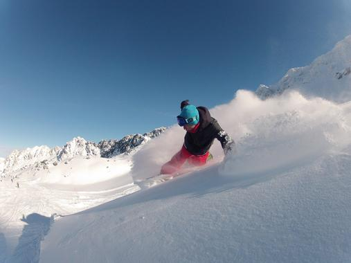 Private Off-Piste Snowboarding Lessons for All Levels