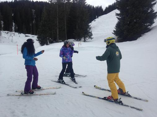 Private Ski Lessons in Small Groups for First Timers