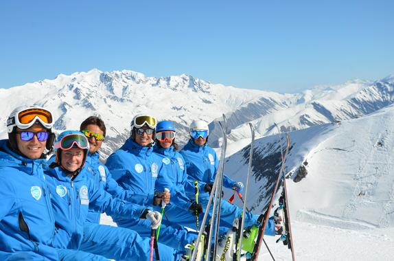 Teen & Adult Ski Lessons for All Levels - High Season