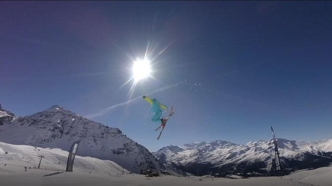 Private Freestyle Skiing Lessons