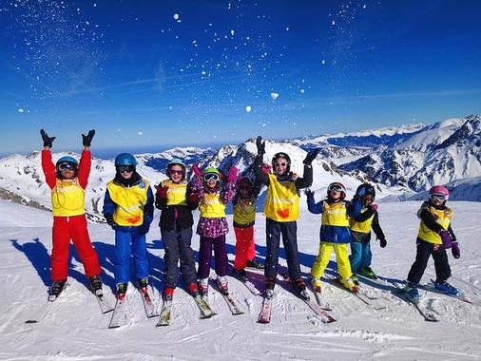Kids Ski Lessons (5-15 years) - Morning - Beginner