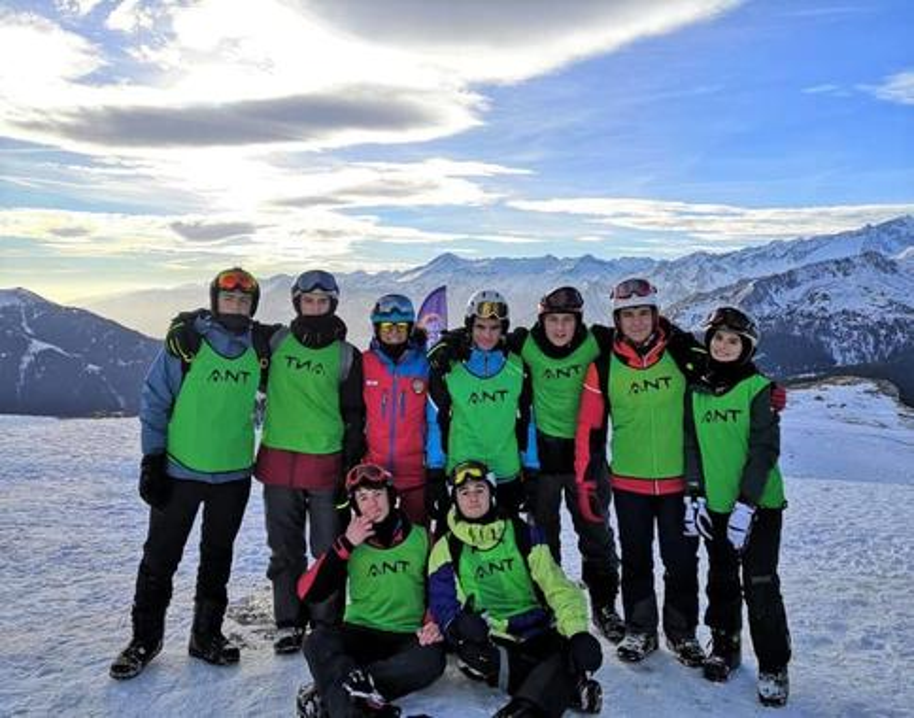 Kids Ski Lessons (6-13 y.) - Full Day - Holidays - Advanced
