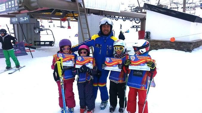 Ski Lessons for Kids (5-12 years) - All in One - Beginner