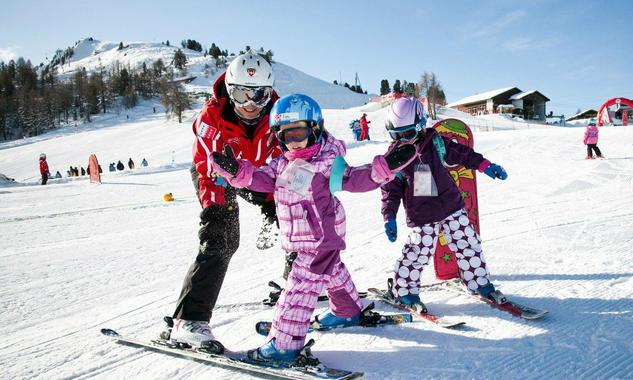 Kids Ski Lessons (6-12 y.) for First Timers - Afternoon