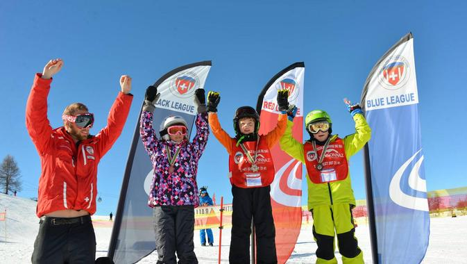 Kids Ski Lessons (6-12 y.) for First Timers - Morning