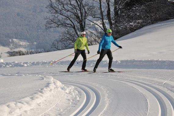Cross Country Skiing Lessons - Classic or Skating