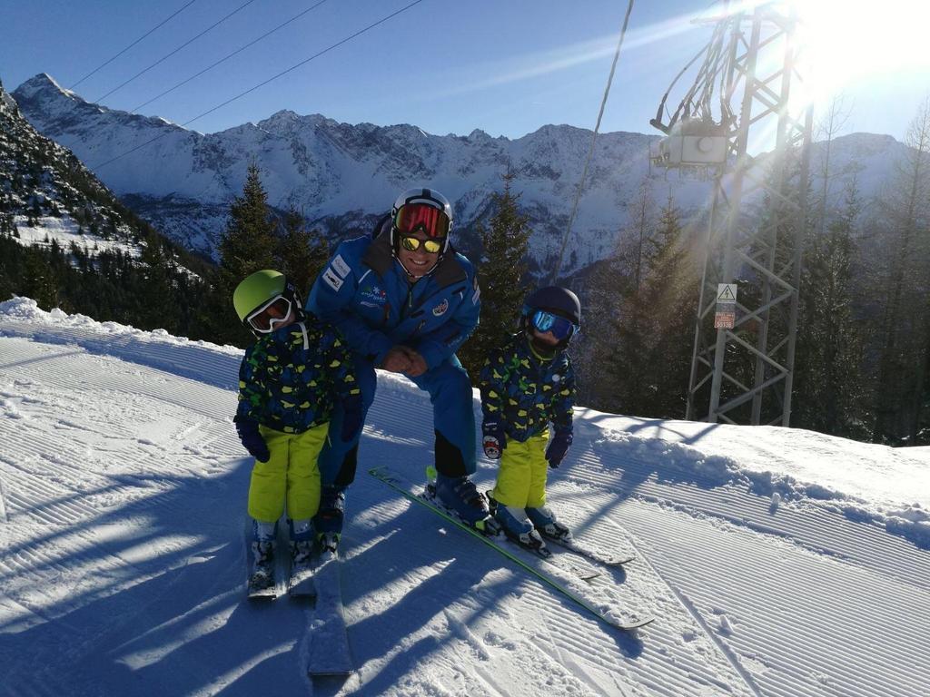 Ski Instructor Private for Kids - High Season
