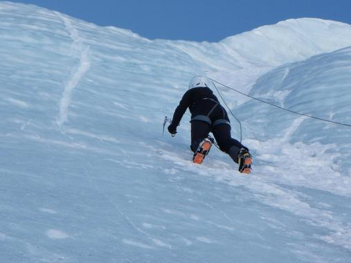 Ice climbing for advanced levels