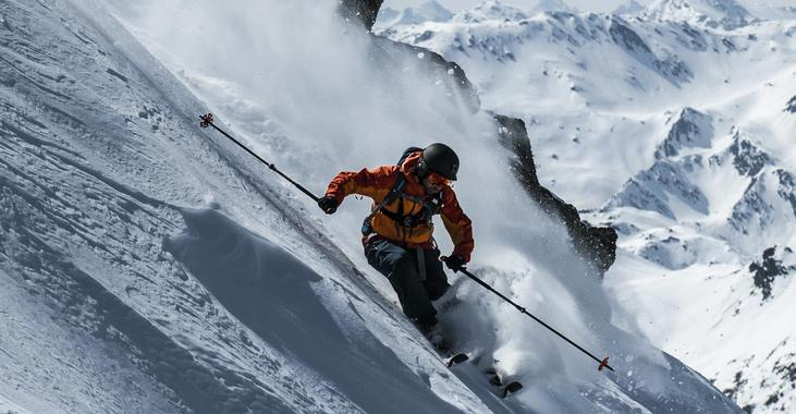 Private Off-Piste Skiing Lessons - Advanced