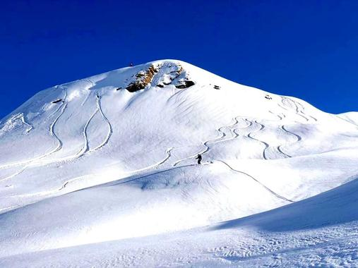 Private Off-Piste Skiing Tours for Adults of All Levels