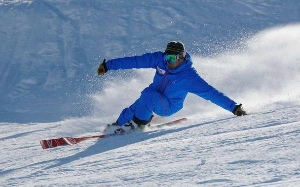 Private Ski Lessons for Teens & Adults - February