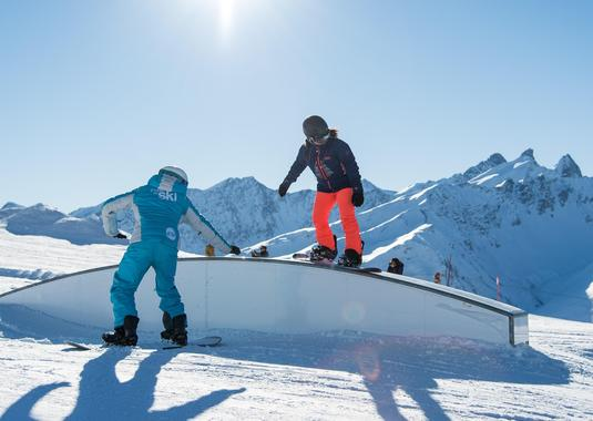 Private Snowboarding Lessons - Holidays