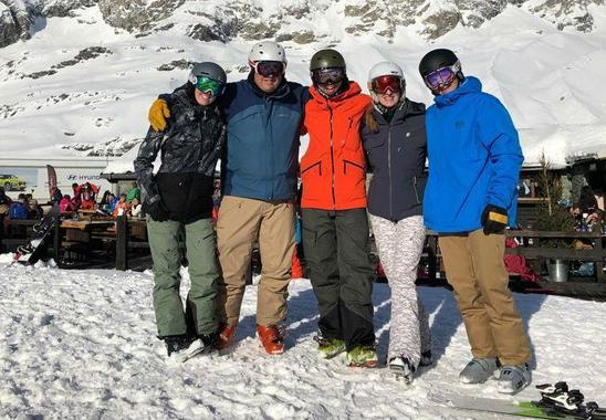 Private Ski Guide for Family and Friends