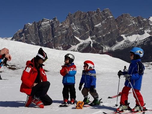 Ski Lessons for Kids (4-10 years) - First Timer