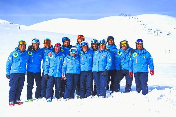 Ski Lessons for Adults - Holidays - All Levels