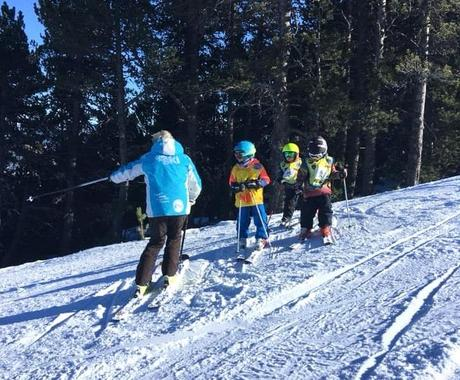 Ski Lessons for Kids (5-14 years) - February 23-28