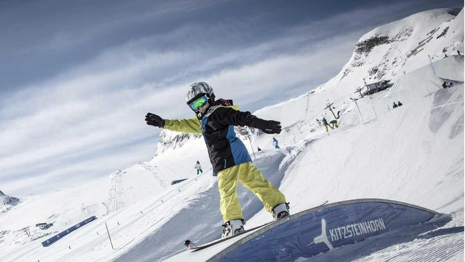 Snowboard Lessons ?Fun Package? (4-15 years) - Beginners