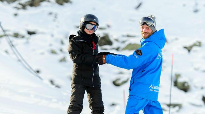 Private Snowboarding Lessons for All Levels in Verbier