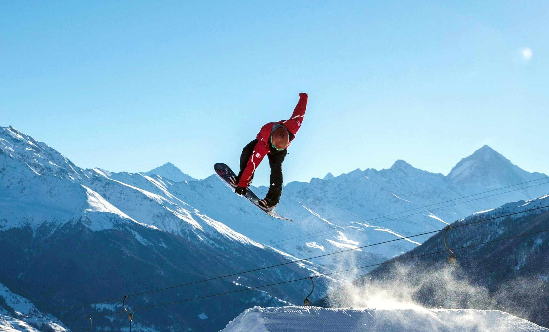 Snowboarding Lessons (from 8 y.) for Advanced - Holidays