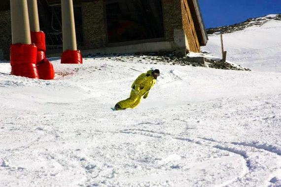 Snowboard Lessons for Adults - Holidays - First Timer