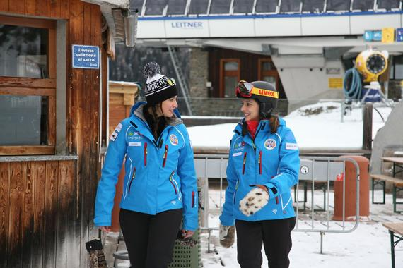 Adults Ski Lessons for Beginners - Holidays