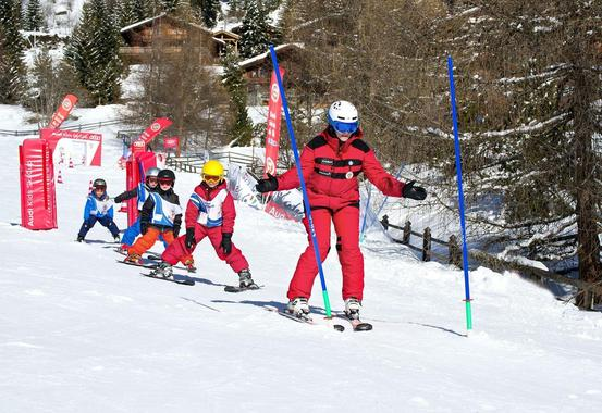 Kids Ski Lessons (6-13 y.) for All Levels - Holidays