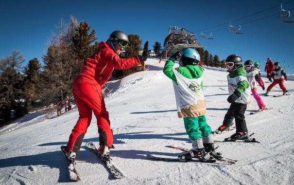 Ski Lessons for Kids (5-12 years) in Nendaz - All Levels