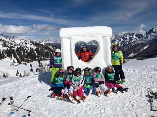 Ski Lessons for Kids (4-12 years) - Full Day