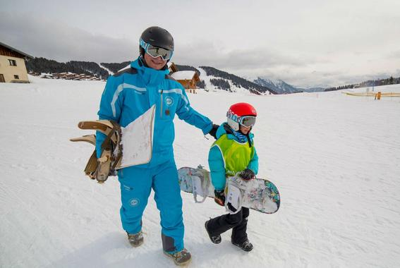 Snowboard Lessons (from 9 years) - All Levels