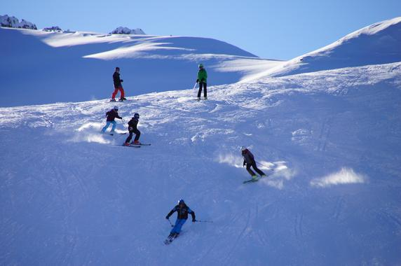 Ski Lessons for Kids (7-16 years) - All Levels