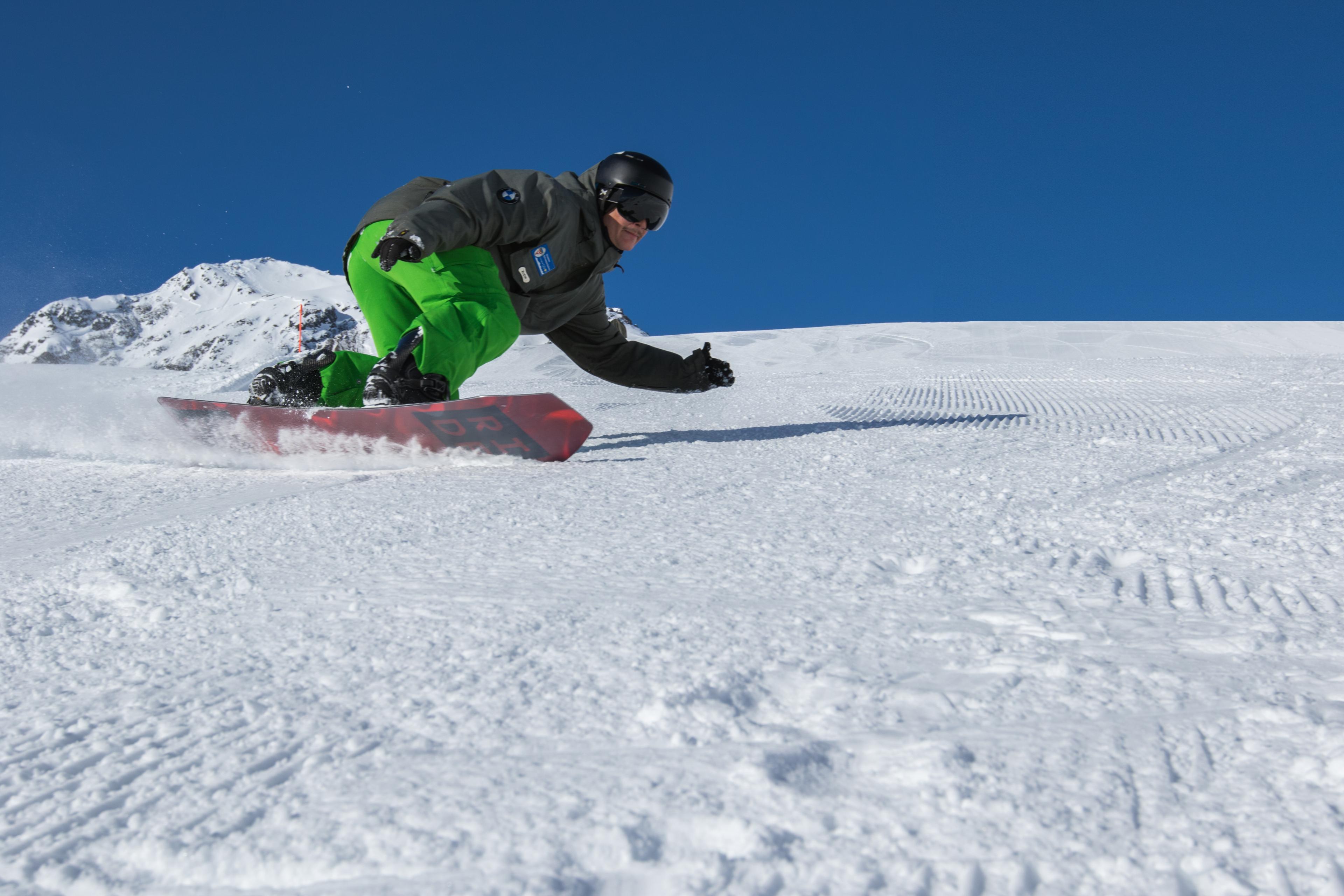 Snowboard Lessons for Kids - Intermediate