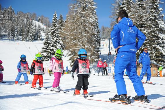 Ski Lessons for Kids (3-14 years) - First Timer