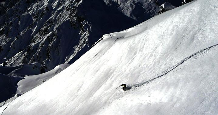 Off-piste skiing with local guide