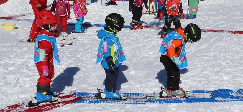 Ski Lessons ?Piou Piou? for Kids (3-5 years) - February