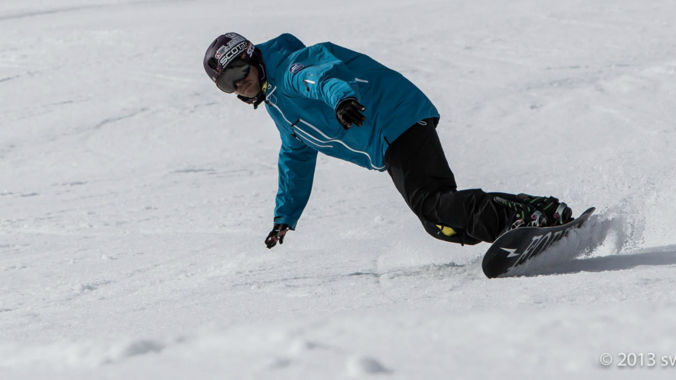 Snowboard Lessons for Kids (7-14 years) - All Levels