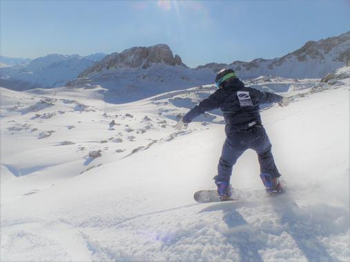 Snowboarding Instructor Private - All Ages & Levels