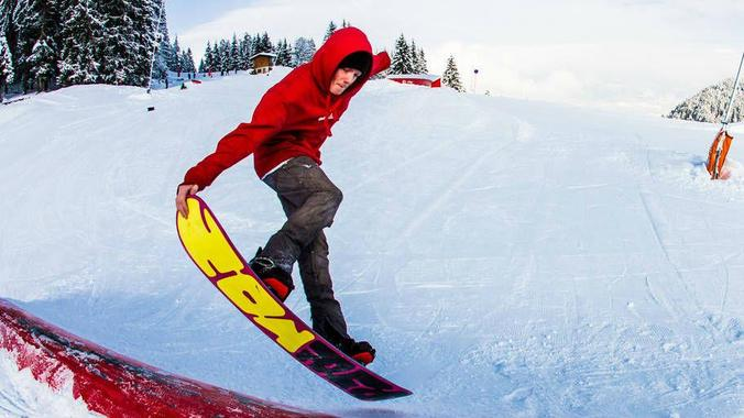 Snowboard Lessons for Kids (from 8 yrs) & Adults - Advanced