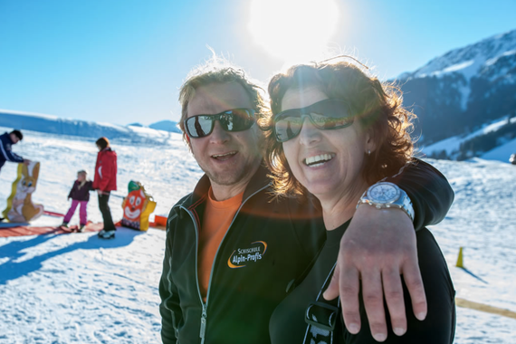 Skiing adults private lessons