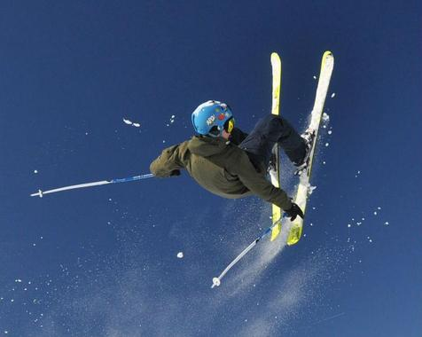 Freestyle Ski Lessons (14+ years) - Advanced