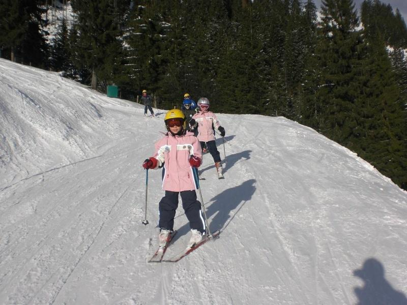 Skiing kids private lessons (every age)