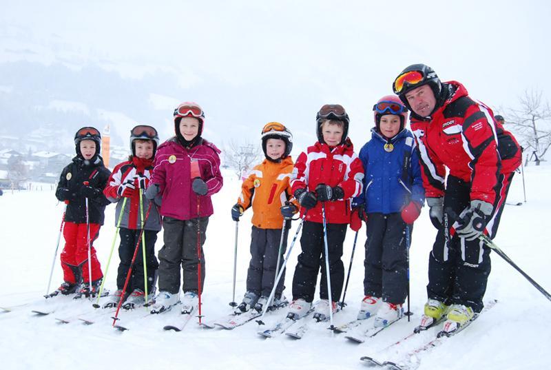 Ski Lessons for Kids (5-15 years) - Beginner