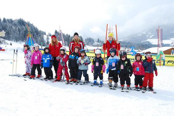 Ski Lessons for Kids (5-15 years) - Advanced